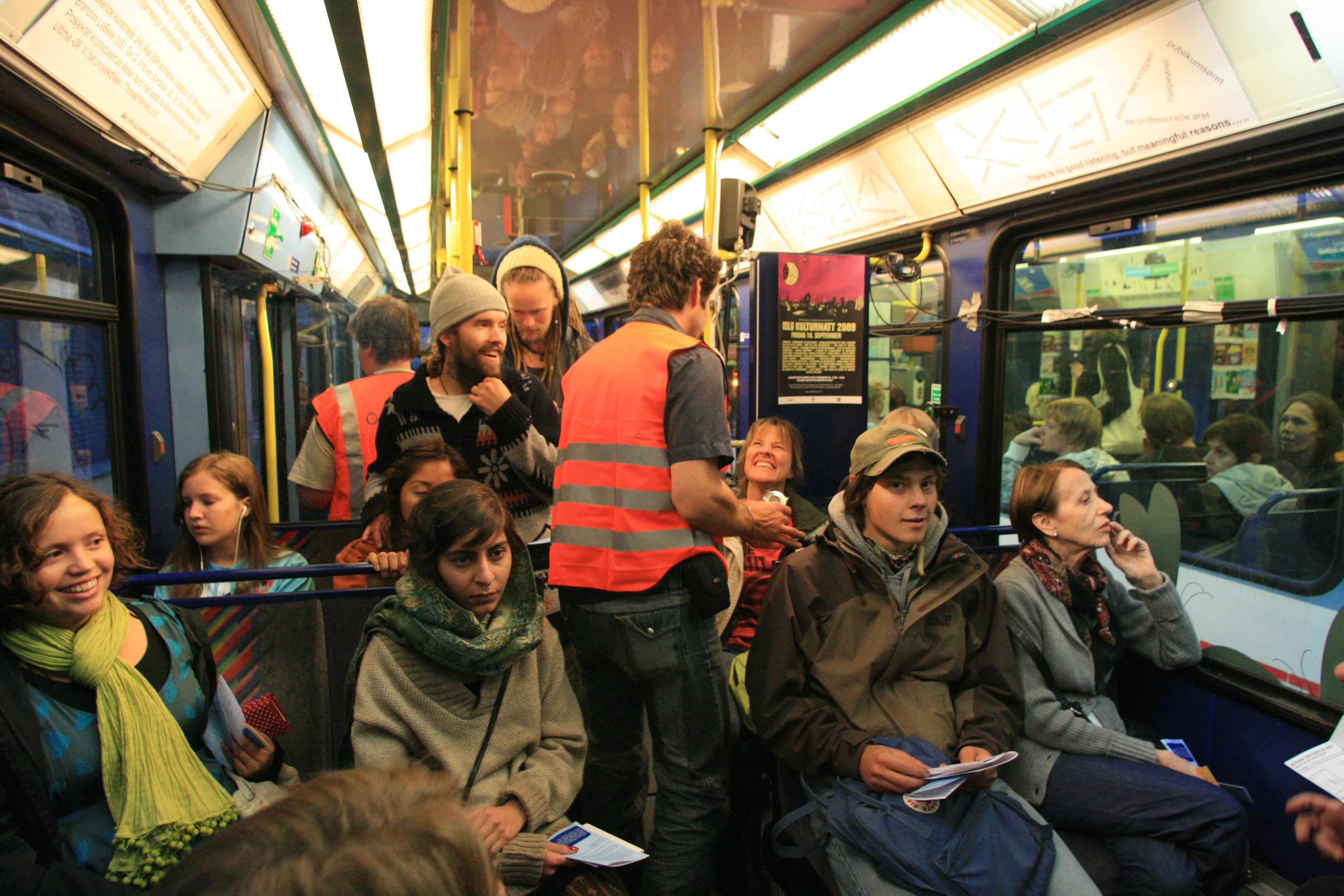 Hum of the Tram av Siri Austeen
